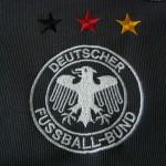 2002-03 Away, crest detail