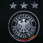 2003-05 Away, crest detail