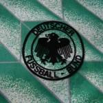 1988-91 Away, crest detail