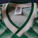 1988-91 Away, neck/collar