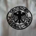 1992-94 Home, crest detail