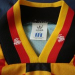 1994-96 Away, neck/collar